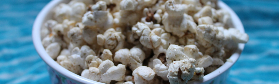 Cheesy Herby Popcorn with Garlic